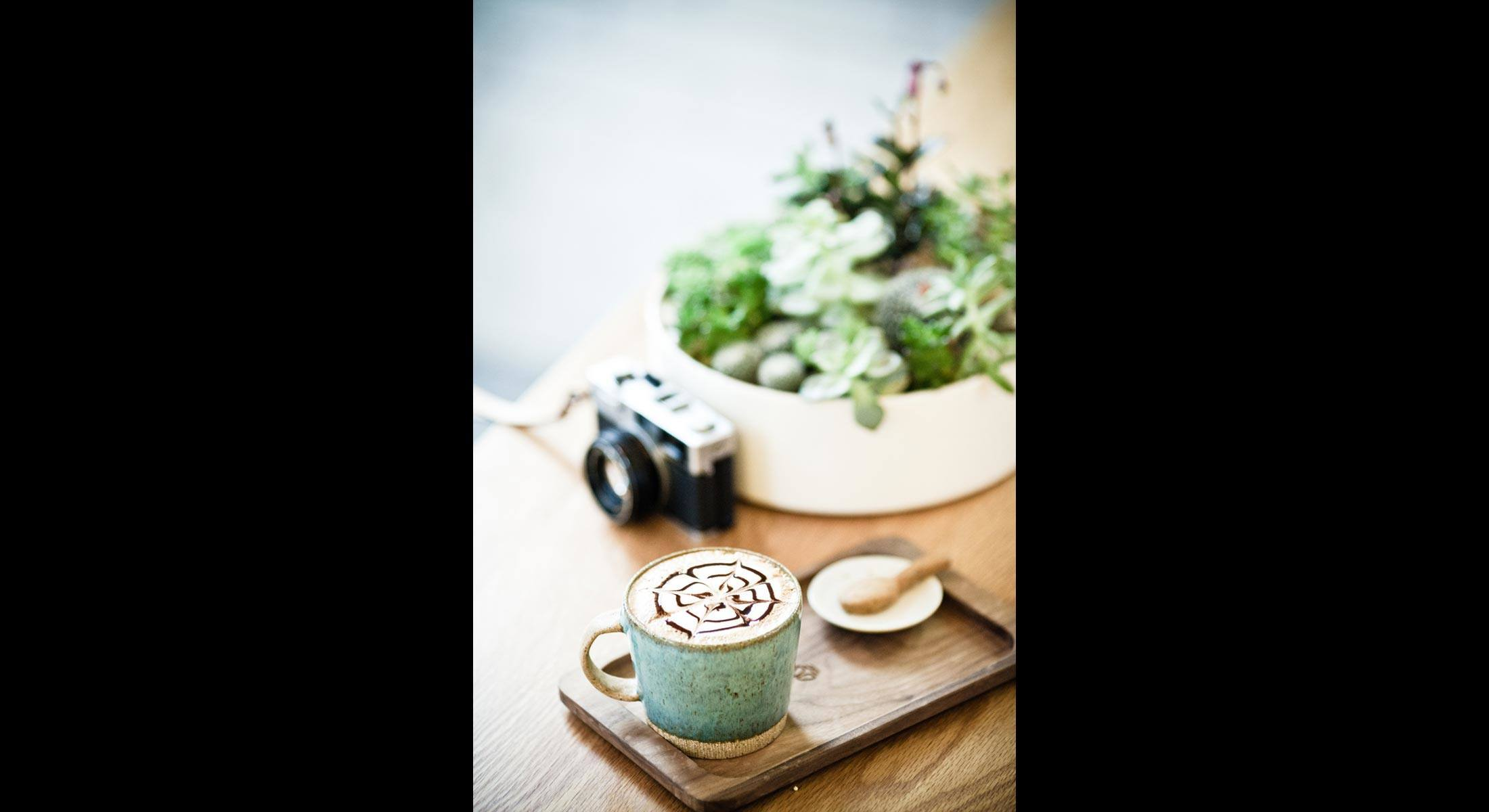 Bee-cafe-21